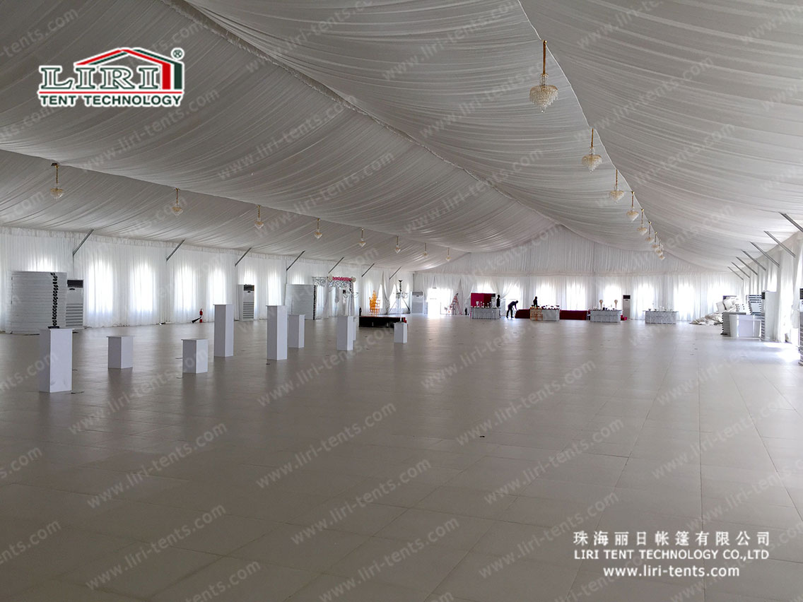 1000 People Church Marquee Tent With Clear Windows